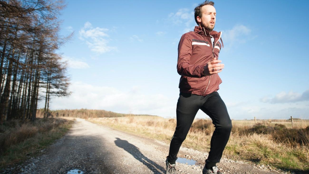 man in need of running tips